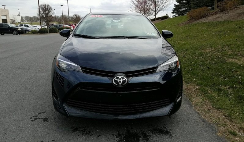 New 2018 Toyota Corolla LE full