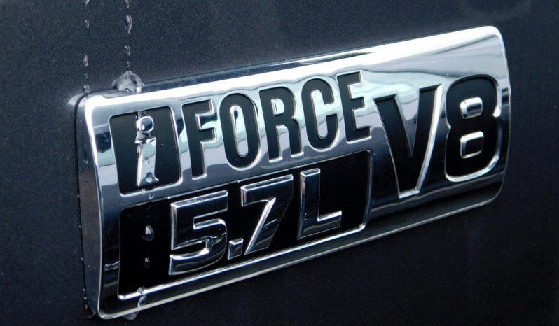 New 2019 Toyota Tundra 4WD SR5 CrewMax Black full