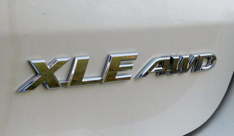 New 2019 Toyota Highlander XLE AWD full