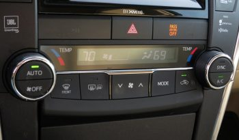2016 Toyota Camry Hybrid XLE 2.5L 4cyl Sedan full