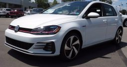 New 2020 Volkswagen Golf GTI SE Manual